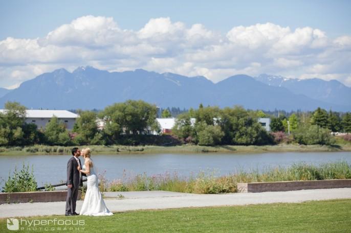 vancouver_wedding_photographer_UBC_Boathouse_34
